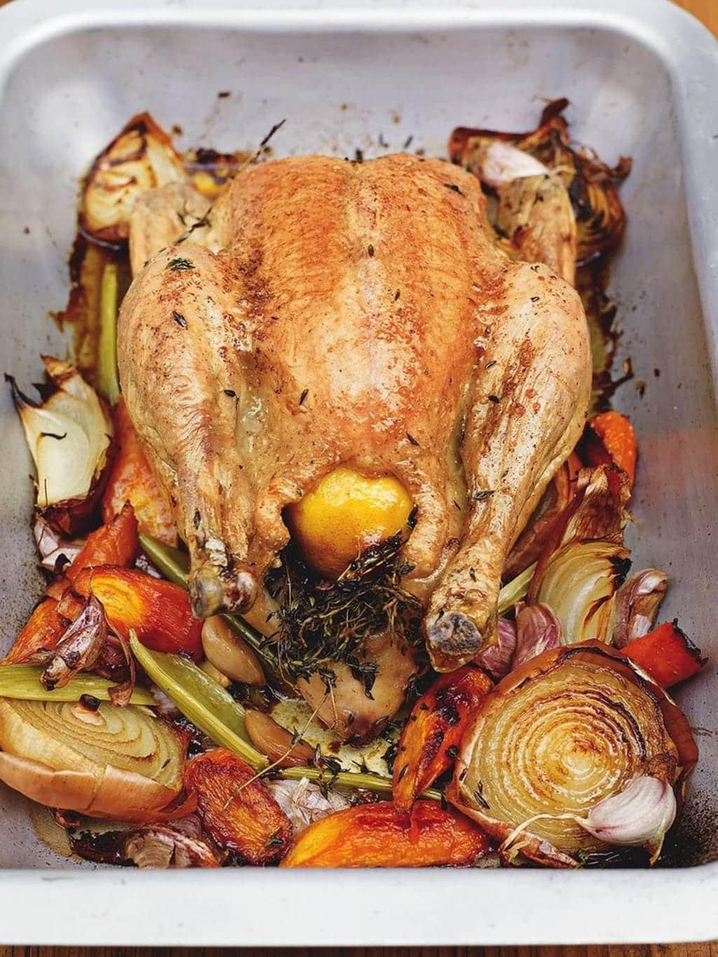 Kuře pečené podle receptu Jamie Oliviera.
