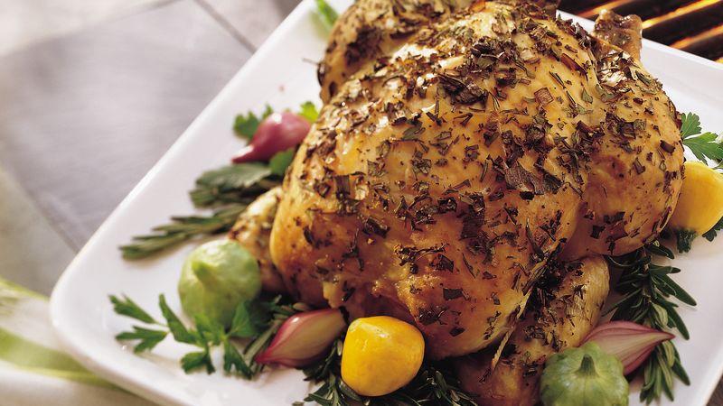 Bylinkové kuře pečené na grilu.