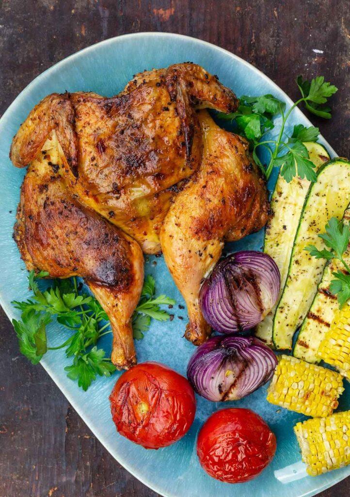 Středomořské kuře s kajenským pepřem.