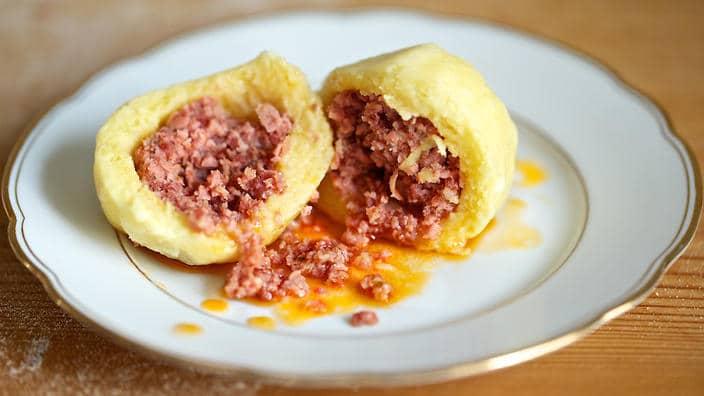 Hotový recept na plněné bramborové knedlíky mletým masem