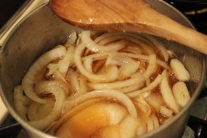 Recept na cibuli s medem