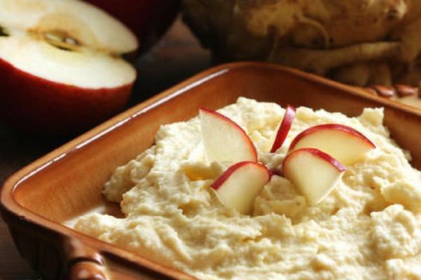 Jablečná pomazánka s celerem