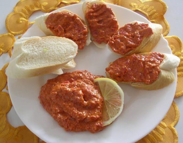 Masová pomazánka z vařeného masa - Bulharka