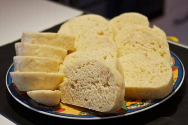 Nekynuté houskové knedlíky s práškem do pečiva