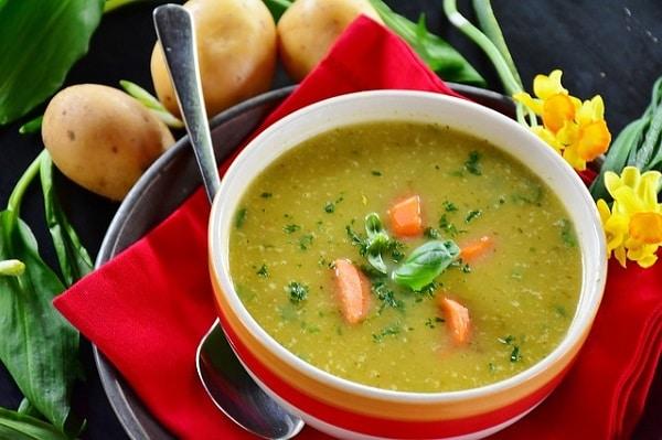 Hotový recept na poctivou bramborovou polévku