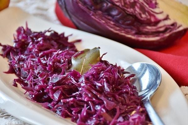 Recept na zelí - nejlepší salát z červeného zelí