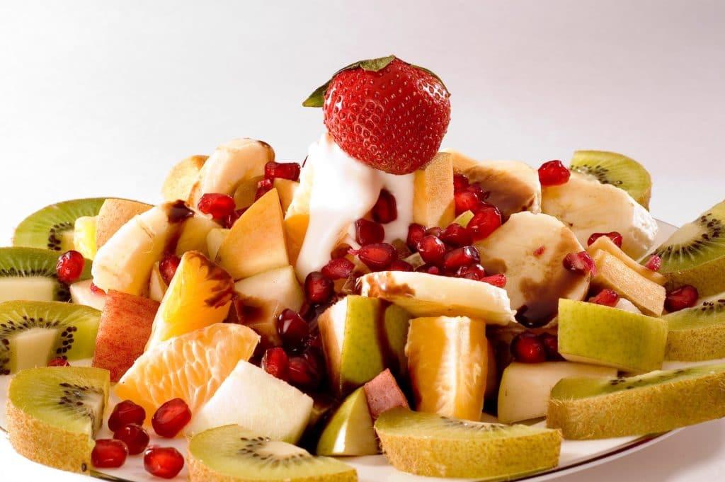 Hotový recept na ovocný salát s jogurtem