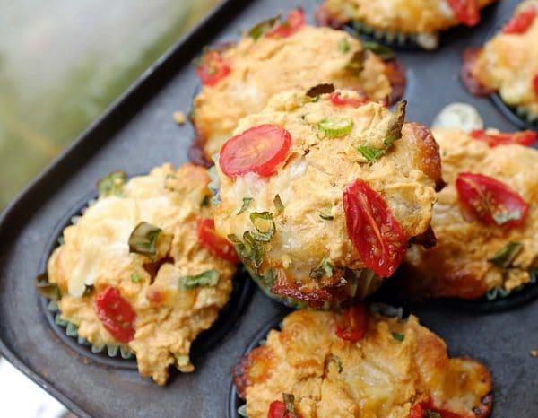 Slané muffiny s rajčátky a mozzarelou