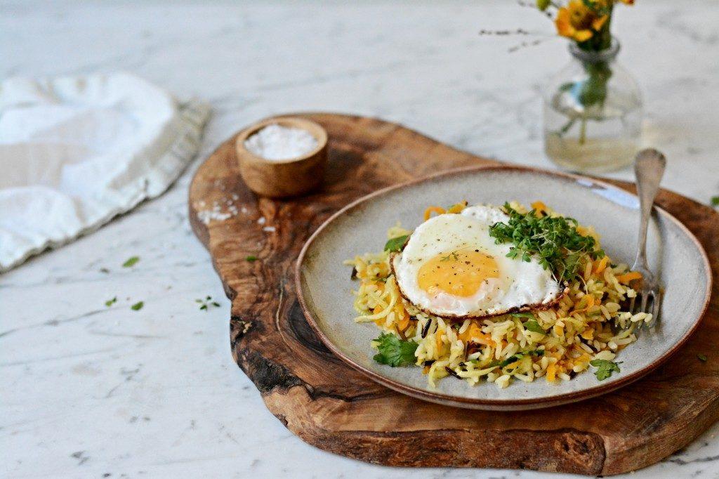 Smažená rýže s vejcem
