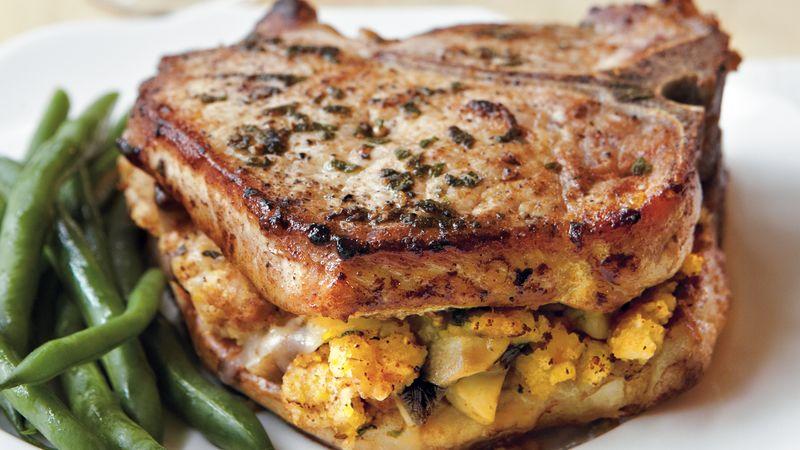 Recept na vepřové maso s nádivkou je snadný a vydatný.