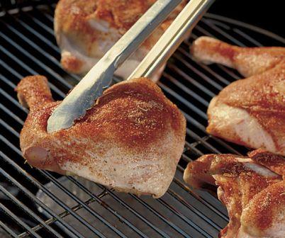 Kuře připravované na grilu má skutečně lahodnou chuť a příjemně křupe.