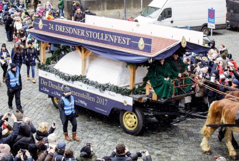 Vůz se štolou na Slavnostech drážďanské vánoční štoly