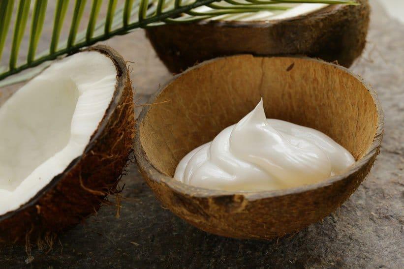 Kokosový krém jako skvělá náplň do vánočního cukroví.