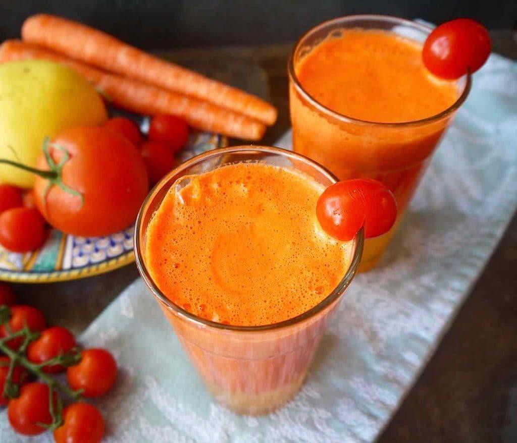 Rajčatové smoothie s jablkem a celerem