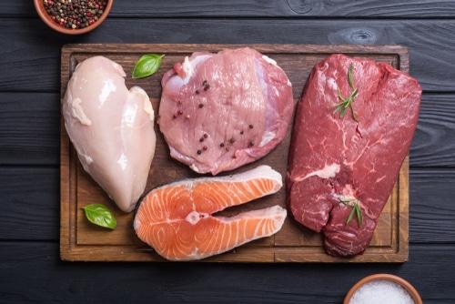 zejména ryby, ale i drůbeží maso patří mezi nejdietnější