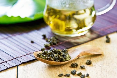 Oolong čaj před louhováním.