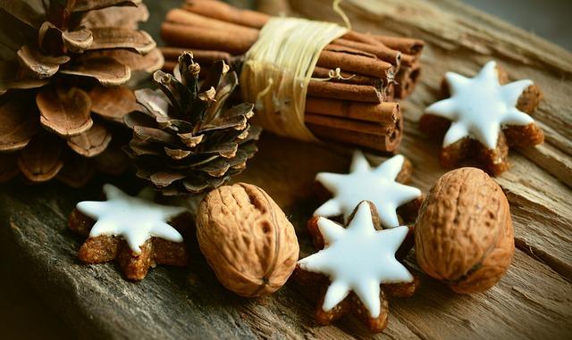 Cukroví s vlašskými ořechy a skořicí