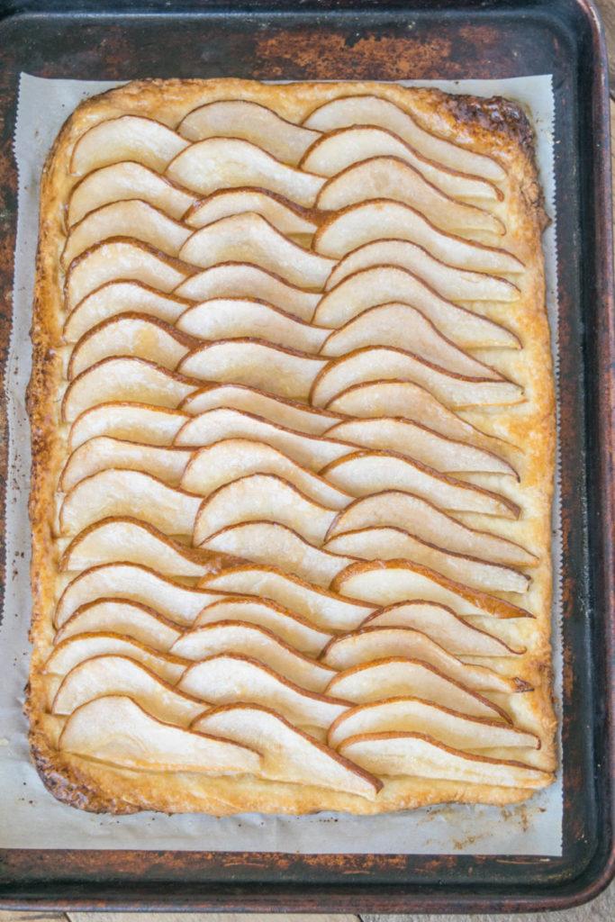 hruškový koláč z plechu