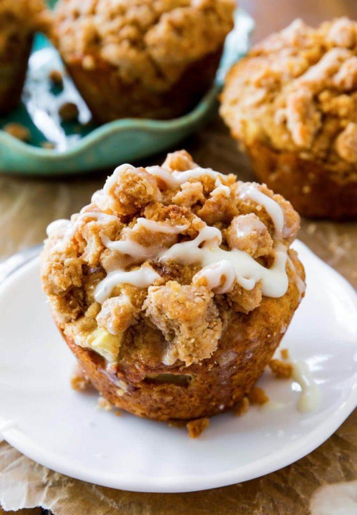 jablkové muffiny s drobenkou