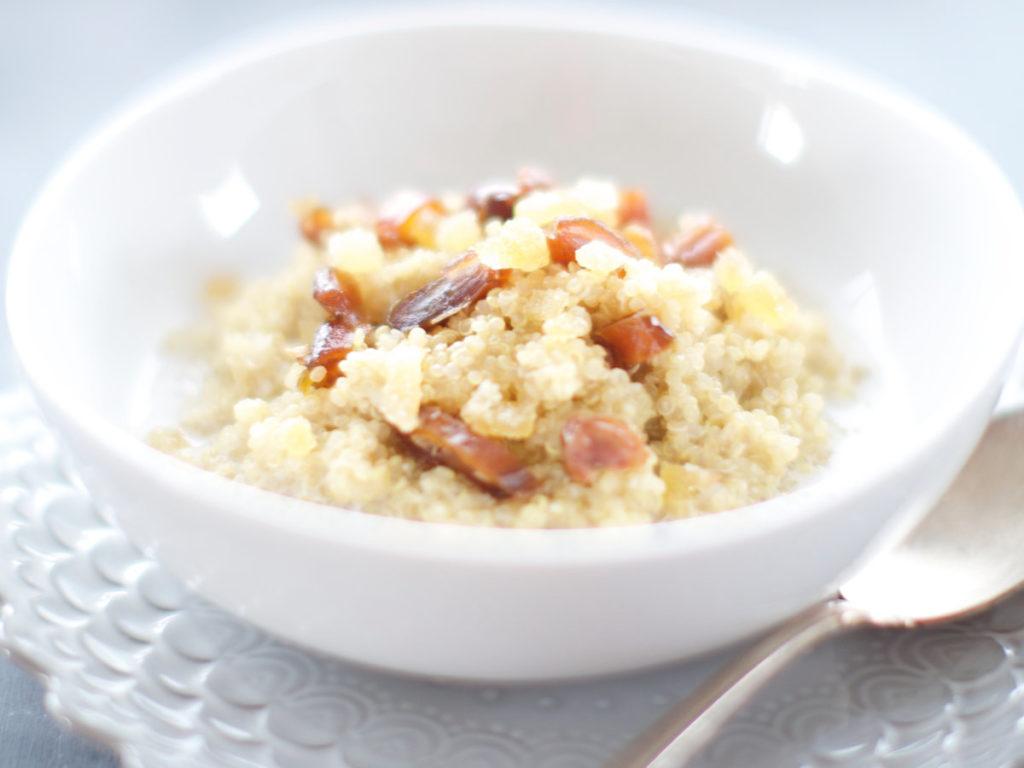 kaše z quinoa vloček snídaňová
