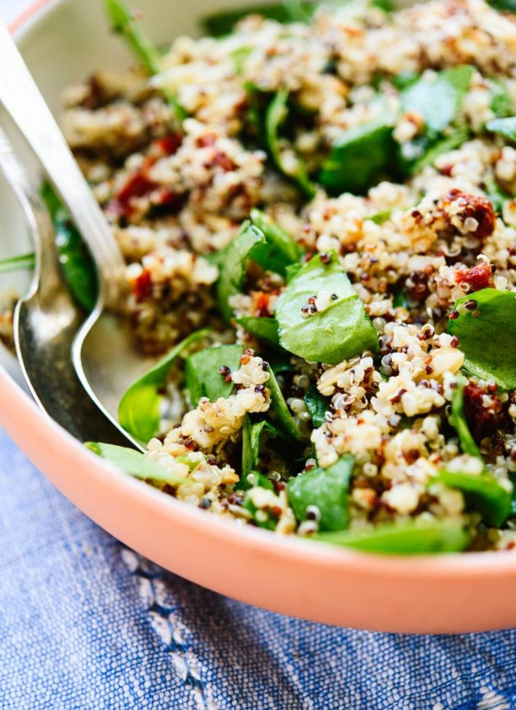 salát z quinoy chutný a zdravý recept