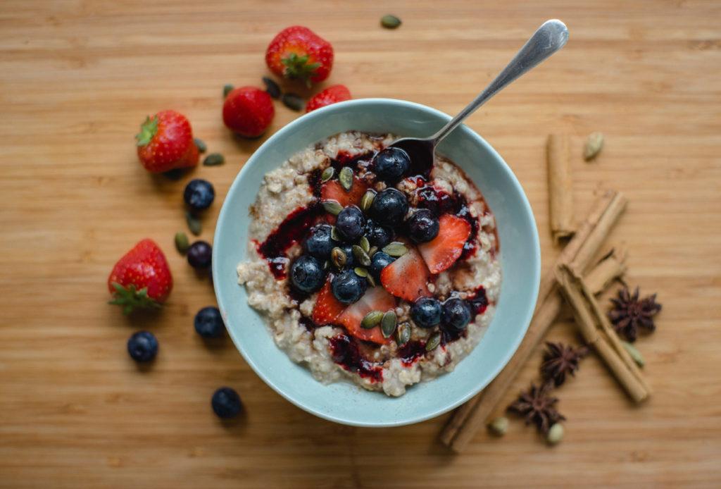 ovesná snídaně bez mléka