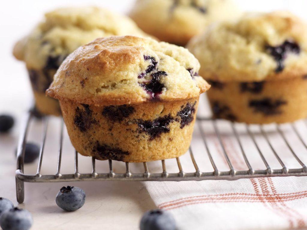 Bezlepkové muffiny s borůvkami