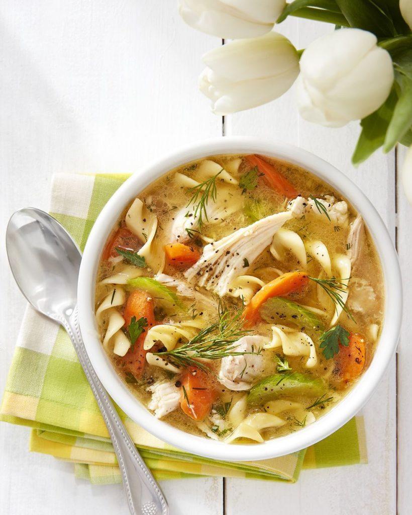 polévka kuřecí pomalu vařená