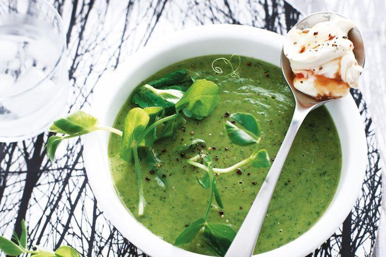 Hrachová polévka s chilli a zázvorem