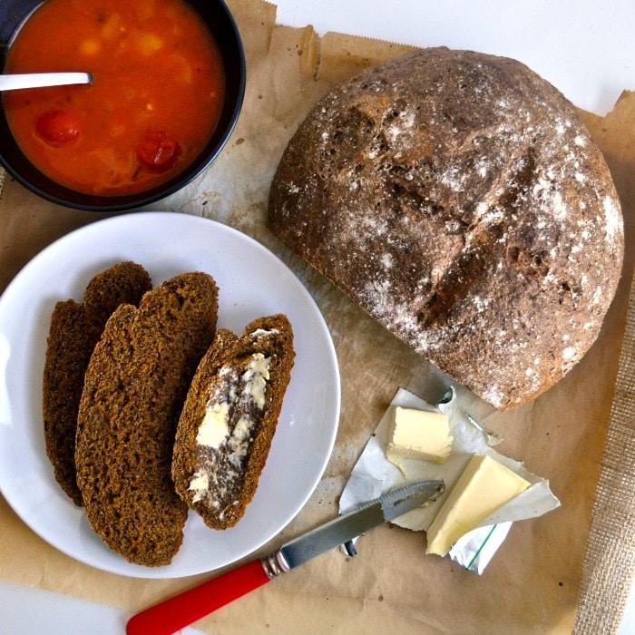 Recept na domácí chléb s mrkví.