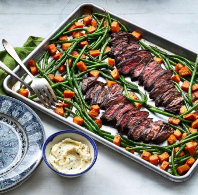 Zdravá varianta pokrmu z hovězí veverky pouze s orestovanými zelenými fazolkami a batáty