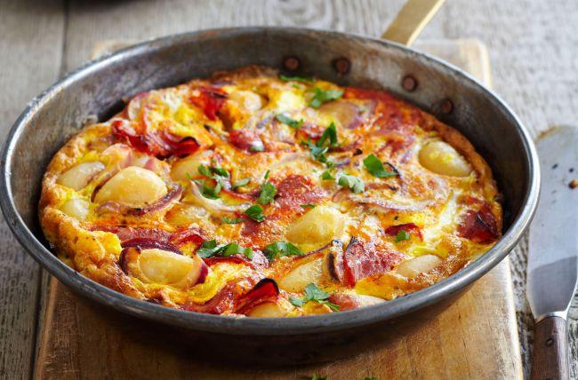 Omeleta z brambor, vajíček a slaniny